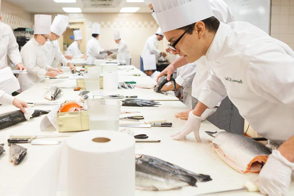烹饪艺术 - Seafood Identification and Fabrication course